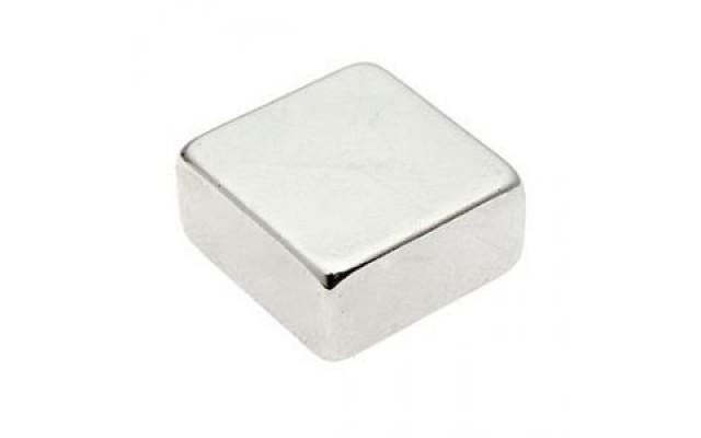 Неодимовый магнит прямоугольник 20х20х10 мм