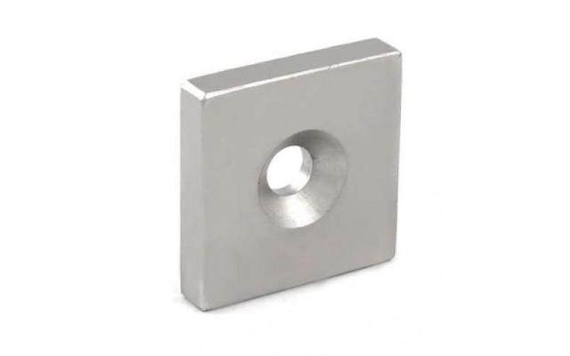 Неодимовый квадрат с зенковкой 15х15х3/3х6мм