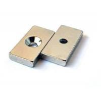 Неодимовый прямоугольник с зенковкой 20х10х3/ 3,5х7мм