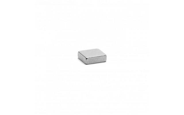 Неодимовый магнит прямоугольник 3х3х1 мм
